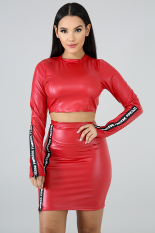 Finesse Leatherette Set